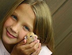 girl-with-hamster